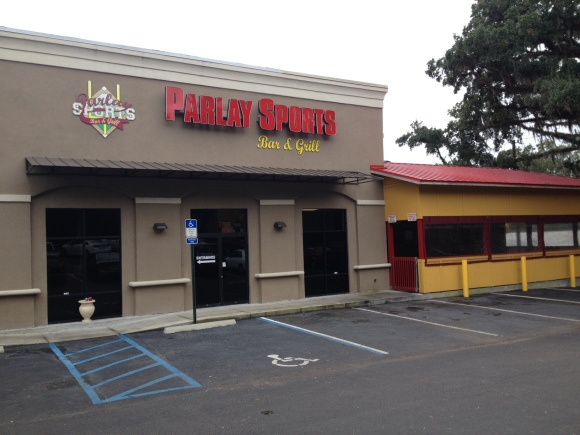 Parlay Sports Bar and Grill - Tallahassee, FL - Photo by Mike Bonfanti