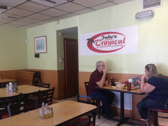Julio's Cafe Tropical - Clewiston, FL - Photo by Mike Bonfanti