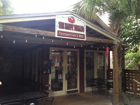Happy Tomato Courtyard Cafe & BBQ - Fernandina Beach, FL - Photo by Mike Bonfanti