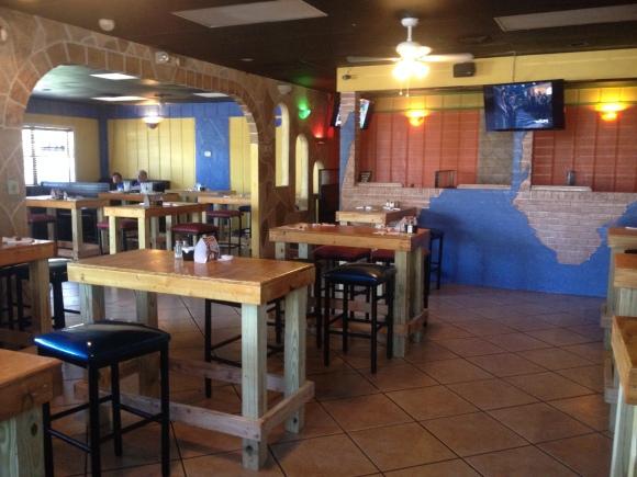 Iguana Cantina Bar & Grill - Tallahassee, FL - Photo by Mike Bonfanti